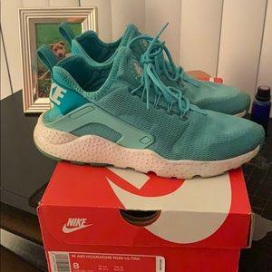 Turquoise Huarache Run Ultra